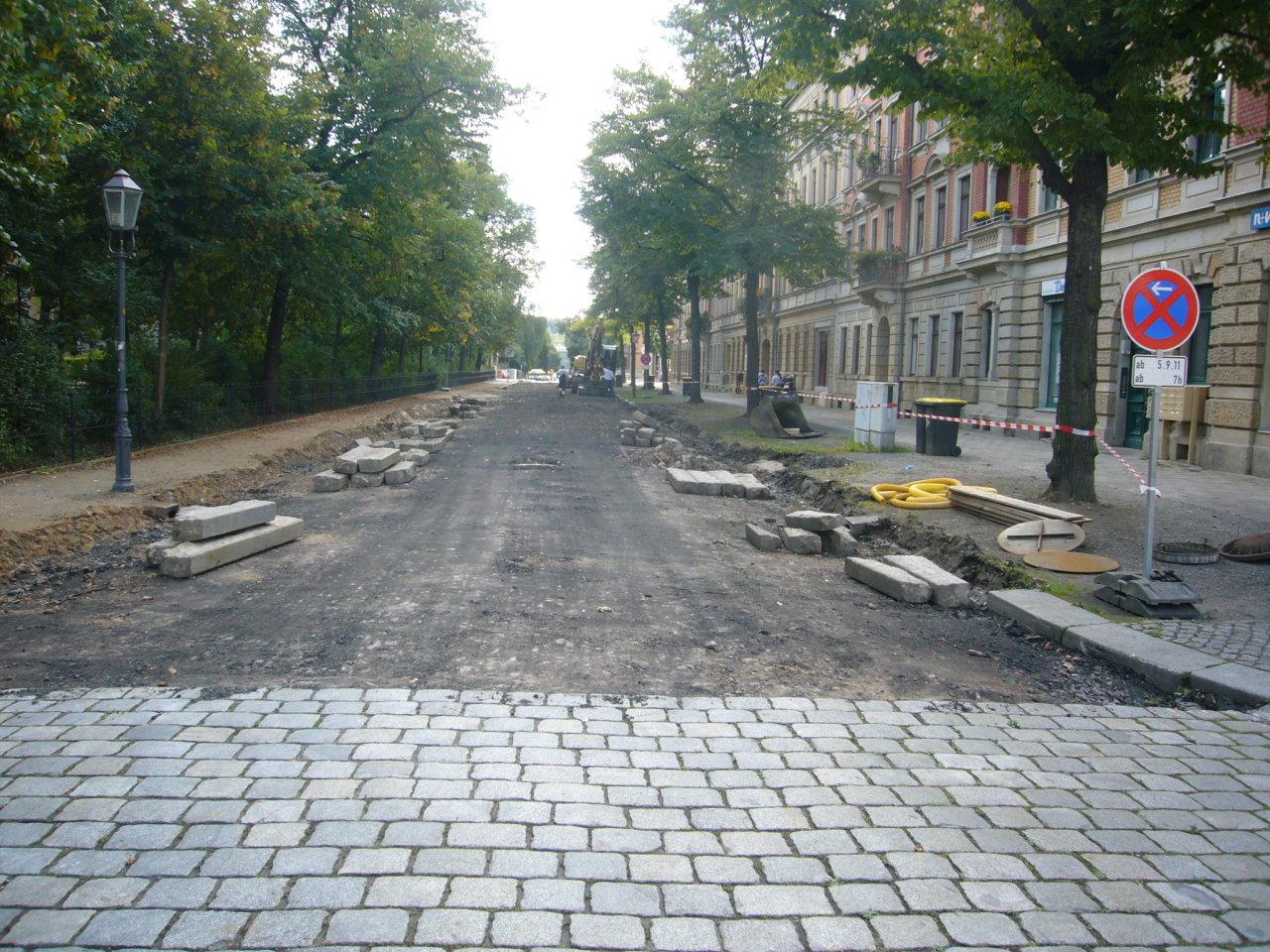 Sanierung am Bonhoefferplatz West hat begonnen