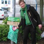 Marcels spontaner Mülleimer für Nazi-Flyer