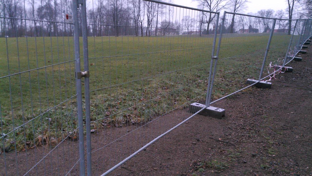 Noch kein Rodeln im Leutewitzer Park
